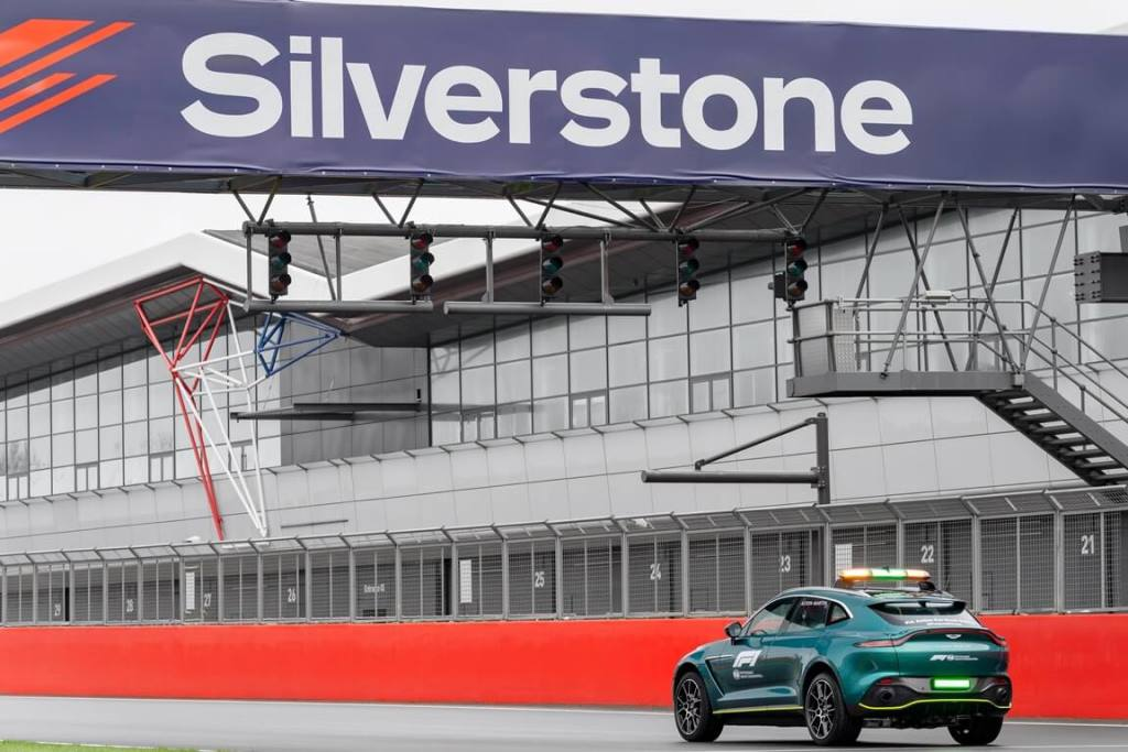 Aston Martin Vantage DBX Official Safety and Medical cars of Formula One