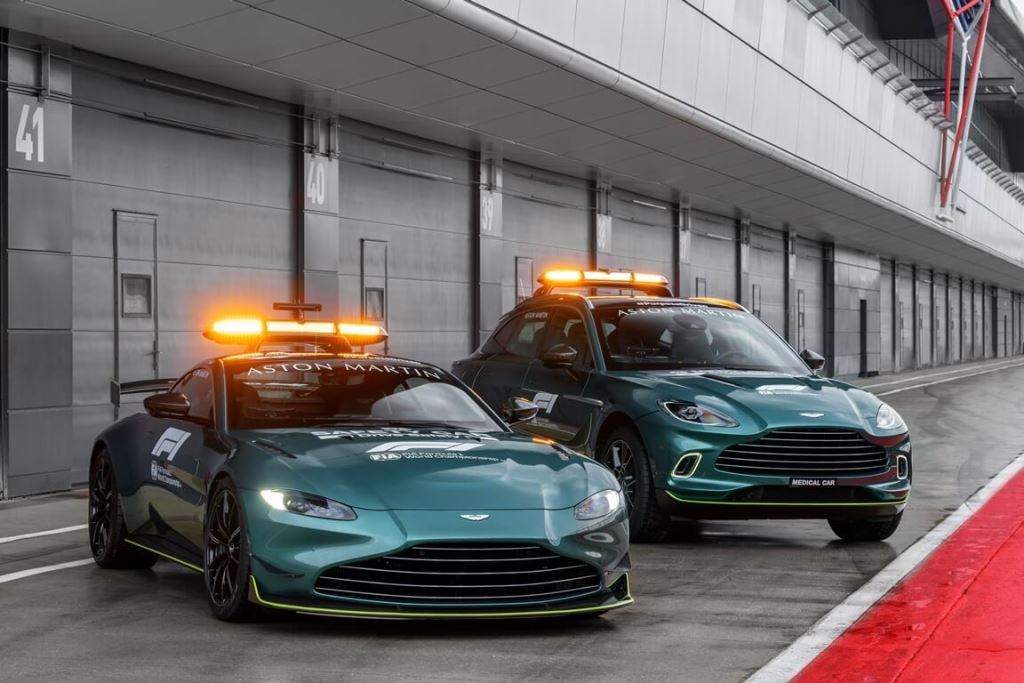 Aston Martin Vantage_DBX_Official Safety and Medical cars of Formula One